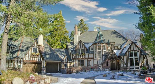 29223 Pigeon Hawk Lane, Lake Arrowhead, CA 92352 (#21679850) :: Mark Nazzal Real Estate Group