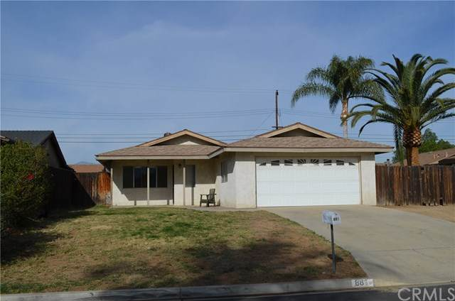 881 Garden Grove Avenue, Norco, CA 92860 (#IV21007820) :: Bob Kelly Team