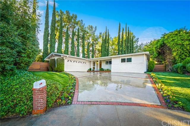 23432 Kilty Place, West Hills, CA 91307 (#SR21007911) :: Compass