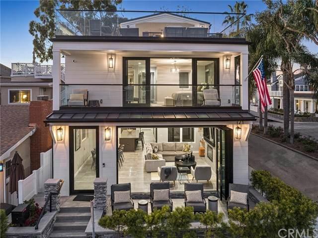 121 Emerald Ave, Newport Beach, CA 92662 (#NP21002872) :: Brandon Hobbs Group