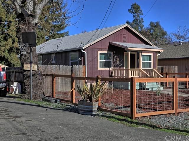 662 1st Street, Upper Lake, CA 95485 (#LC21007692) :: Compass