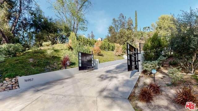 16957 Mooncrest Drive, Encino, CA 91436 (#20672652) :: The DeBonis Team