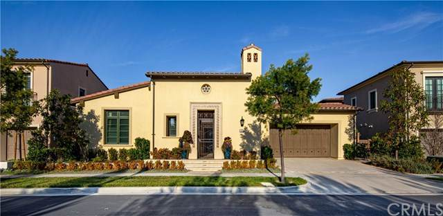 129 Larksong, Irvine, CA 92602 (#WS21017275) :: Wendy Rich-Soto and Associates
