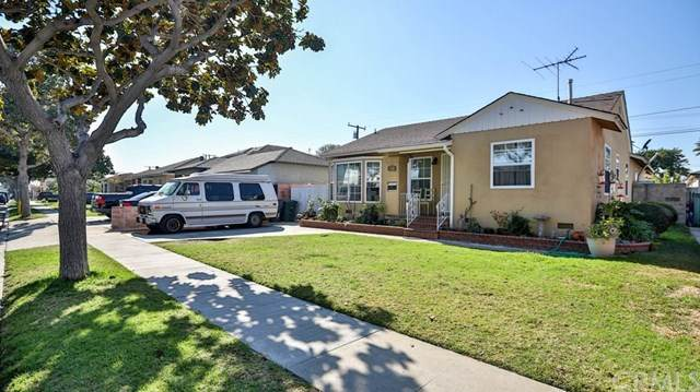 4561 Adenmoor Avenue, Lakewood, CA 90713 (#PW21026227) :: Wendy Rich-Soto and Associates
