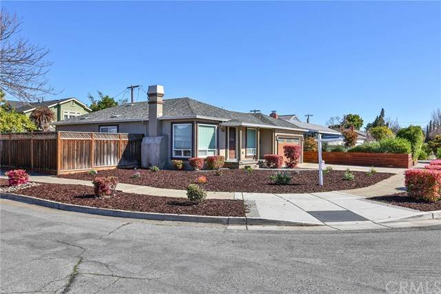 2565 Forest, San Jose, CA 95117 (#OC21026906) :: Power Real Estate Group
