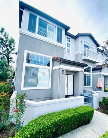 13503 Cobblestone Lane, Westminster, CA 92683 (#PW21041126) :: Bathurst Coastal Properties