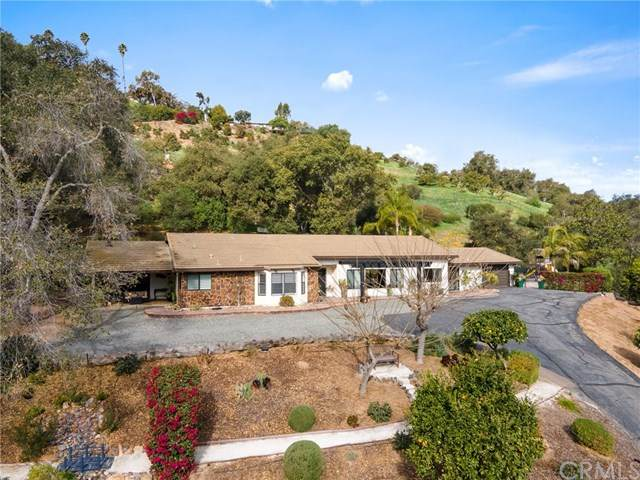 1557 Tecalote Drive, Fallbrook, CA 92028 (#ND21034987) :: American Real Estate List & Sell