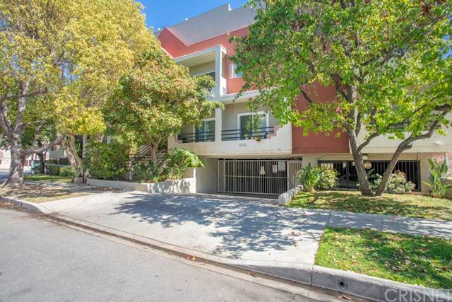 4350 Stern Avenue #14, Sherman Oaks, CA 91423 (#SR21043595) :: The Parsons Team