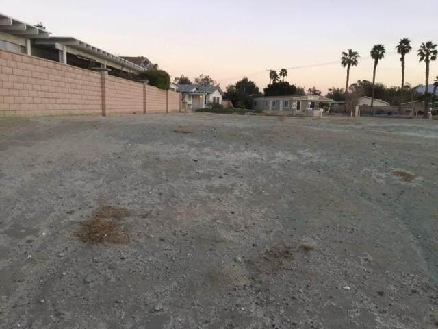 35235 Sand Rock Road, Thousand Palms, CA 92276 (#219058224DA) :: Wahba Group Real Estate   Keller Williams Irvine