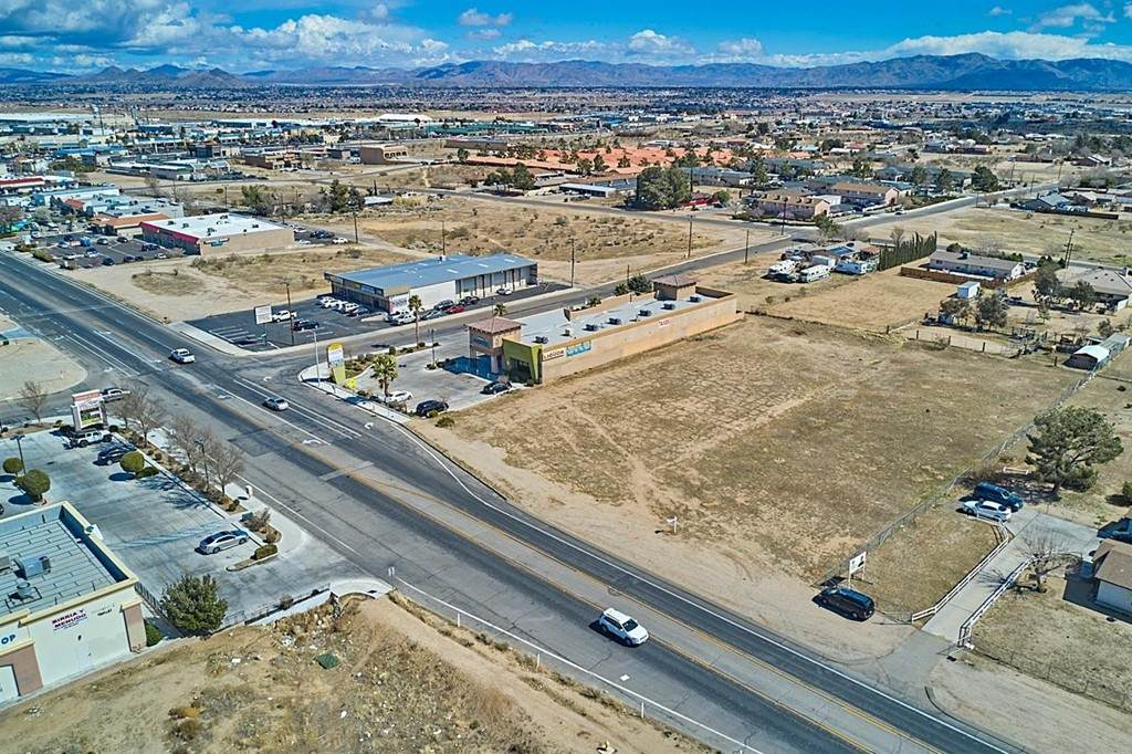 11774 Hesperia Road - Photo 1