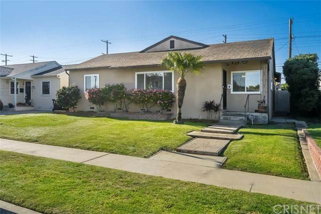 5576 W 82nd Street, Westchester, CA 90045 (#SR21054767) :: Bathurst Coastal Properties