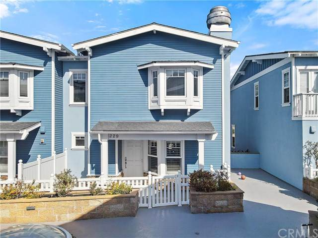 229 Aviation Place, Manhattan Beach, CA 90266 (#PV21063167) :: Koster & Krew Real Estate Group | Keller Williams