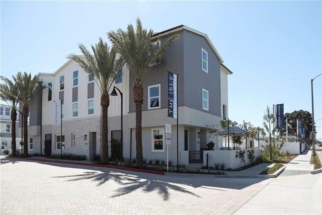 1217 Winslow Lane, Newport Beach, CA 92660 (#NP21068113) :: Mainstreet Realtors®