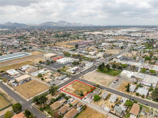 0 Olive Avenue, Rialto, CA 92376 (#SB21078994) :: Realty ONE Group Empire