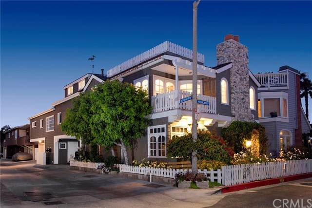 107 Highland Street, Newport Beach, CA 92663 (#NP21081150) :: Steele Canyon Realty