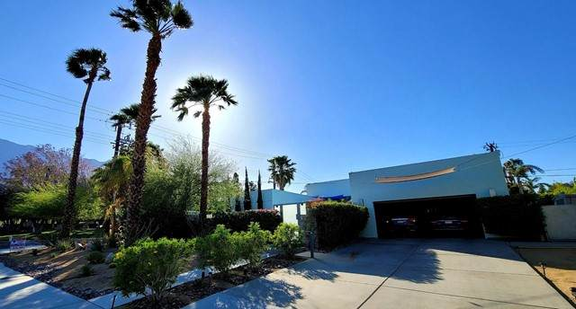 590 W Yorba Road, Palm Springs, CA 92262 (#219060815PS) :: Steele Canyon Realty