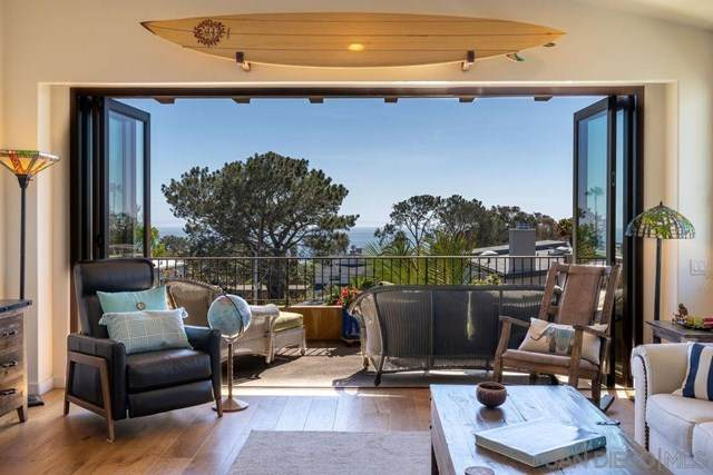 2271 Montgomery Avenue, Cardiff By The Sea, CA 92007 (#210010664) :: The Costantino Group | Cal American Homes and Realty