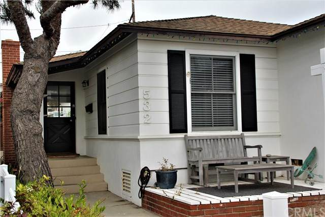 532 Marine Avenue, Manhattan Beach, CA 90266 (#SB21085787) :: The Costantino Group | Cal American Homes and Realty