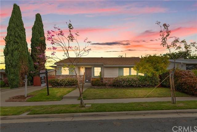 5018 Chaucer Avenue, San Diego, CA 92120 (#SW21086571) :: The Costantino Group   Cal American Homes and Realty