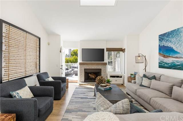 602 16th Street, Huntington Beach, CA 92648 (#PW21086831) :: Mainstreet Realtors®