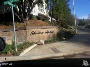 631 Oak Run Trail #312, Oak Park, CA 91377 (#221002180) :: Berkshire Hathaway HomeServices California Properties