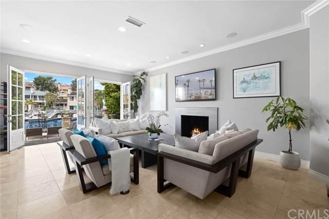 712 Harbor Island Drive, Newport Beach, CA 92660 (#NP21089663) :: RE/MAX Empire Properties