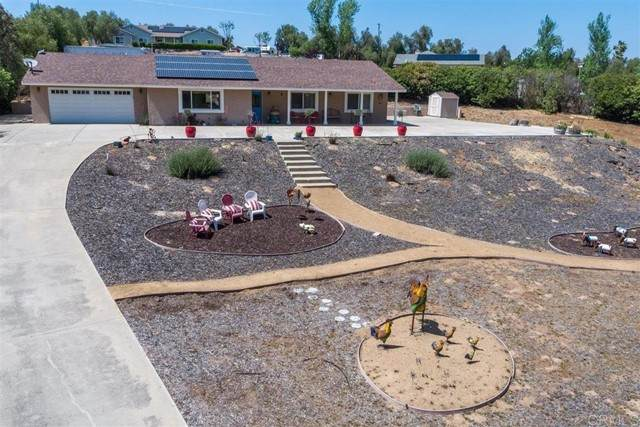 344 Elm St, Ramona, CA 92065 (#NDP2104720) :: The Costantino Group | Cal American Homes and Realty
