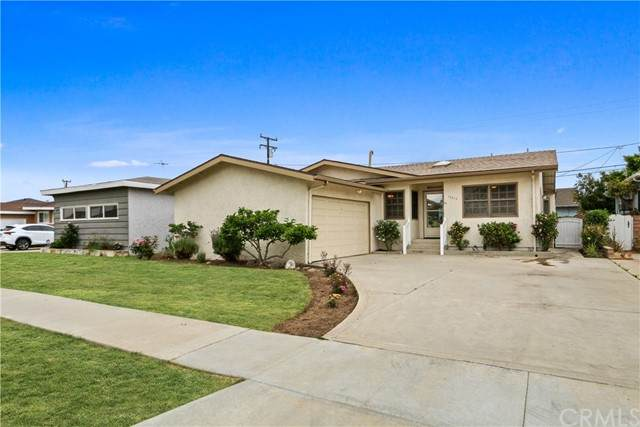 16215 Spinning Avenue, Torrance, CA 90504 (#PW21093076) :: Steele Canyon Realty