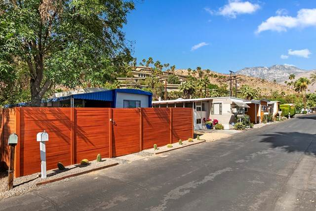 90 Jupiter Street, Palm Springs, CA 92264 (#219061440PS) :: Team Forss Realty Group