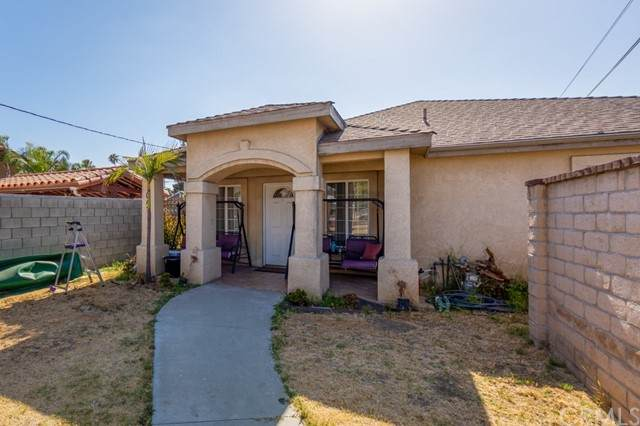 1047 Lakme Avenue, Wilmington, CA 90744 (#SB21092906) :: The Costantino Group | Cal American Homes and Realty