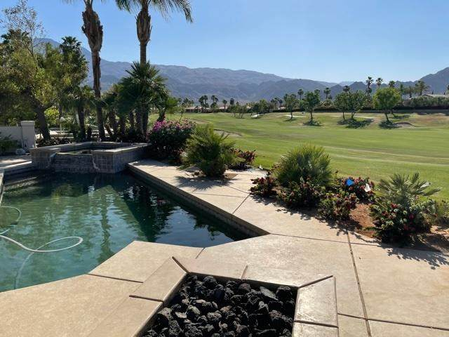57285 Saint Andrews, La Quinta, CA 92253 (#219061532DA) :: Steele Canyon Realty
