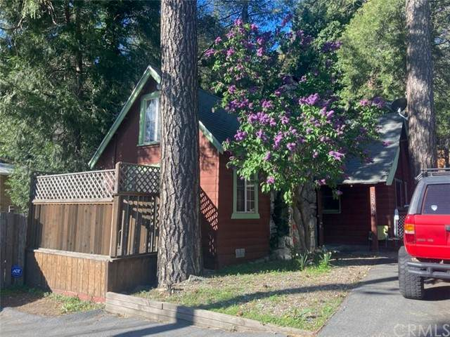 23739 Pioneer Camp Road, Crestline, CA 92325 (#EV21095792) :: The Costantino Group | Cal American Homes and Realty