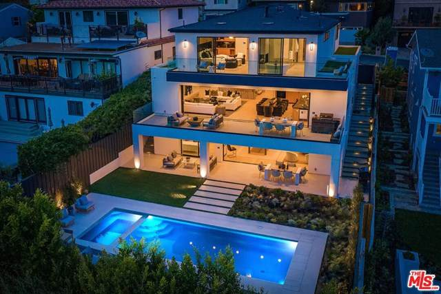 15312 Whitfield Avenue, Pacific Palisades, CA 90272 (#21726556) :: Mainstreet Realtors®