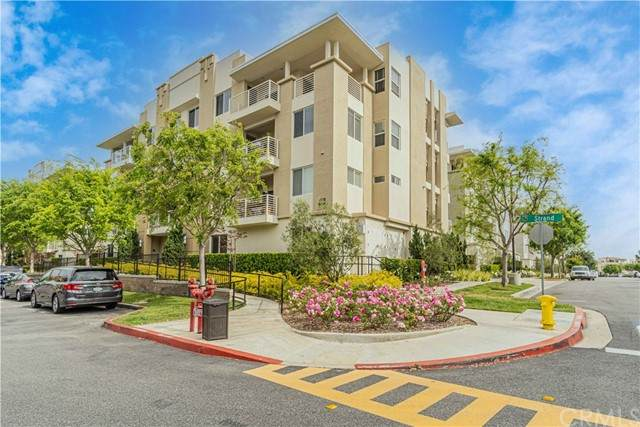 5540 Strand #201, Hawthorne, CA 90250 (#SB21096973) :: Frank Kenny Real Estate Team