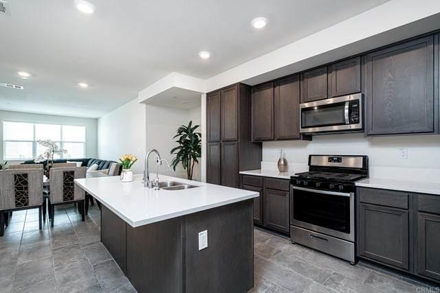 2045 Mindoro Lane #4, Chula Vista, CA 91915 (#PTP2103102) :: Power Real Estate Group