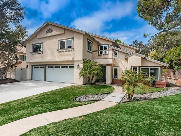 1806 Hummock, Encinitas, CA 92024 (#NDP2104994) :: Power Real Estate Group