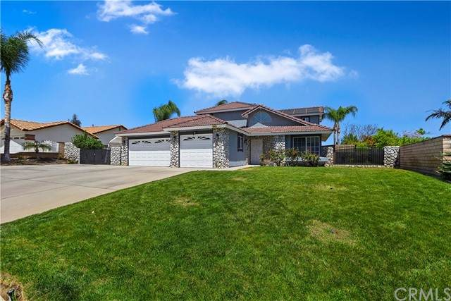 6732 Mission Grove N, Riverside, CA 92506 (#SW21097350) :: Mainstreet Realtors®