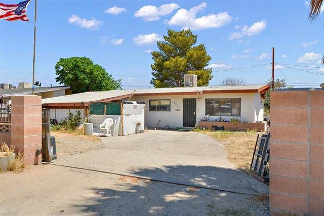 6063 Mojave Avenue, 29 Palms, CA 92277 (#219061721DA) :: Mainstreet Realtors®