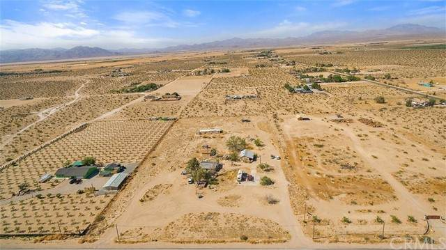 34774 Old Woman Springs Road, Lucerne Valley, CA 92356 (#CV21098477) :: Power Real Estate Group