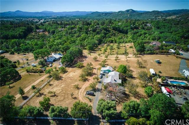 1075 Scotts Valley Road, Lakeport, CA 95453 (#LC21087517) :: Corcoran Global Living