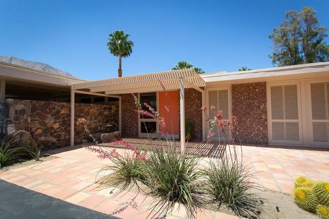 416 Pointing Rock Drive, Borrego Springs, CA 92004 (#NDP2105213) :: Compass