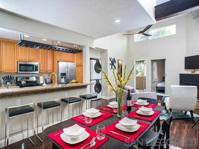 1851 Hornblend St, San Diego, CA 92109 (#210012610) :: Jett Real Estate Group