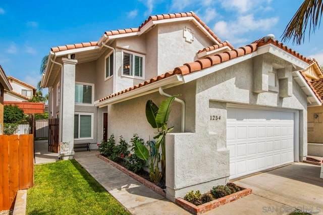 1254 Capistrano Ln, Vista, CA 92081 (#210012704) :: Massa & Associates Real Estate Group | eXp California Realty Inc