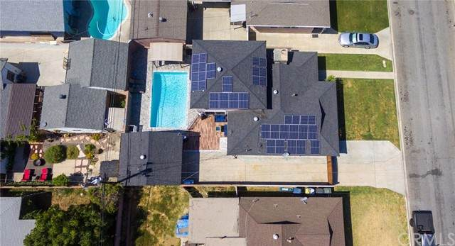 14025 Eastbrook Avenue, Bellflower, CA 90706 (#SW21102994) :: Blake Cory Home Selling Team