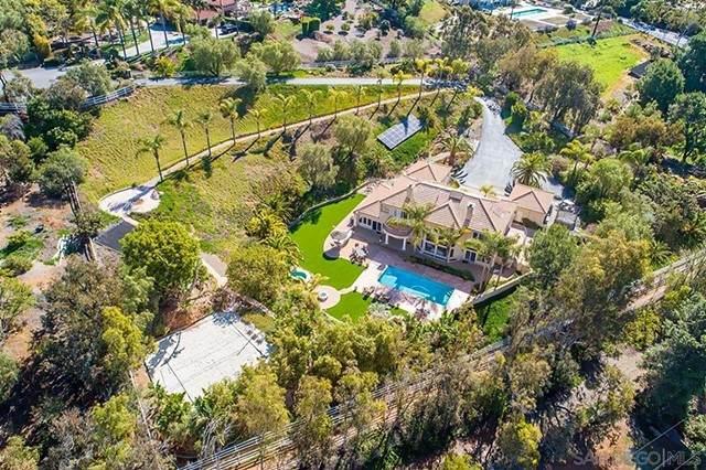 3202 Country Rose Cir, Encinitas, CA 92024 (#210012939) :: Jett Real Estate Group