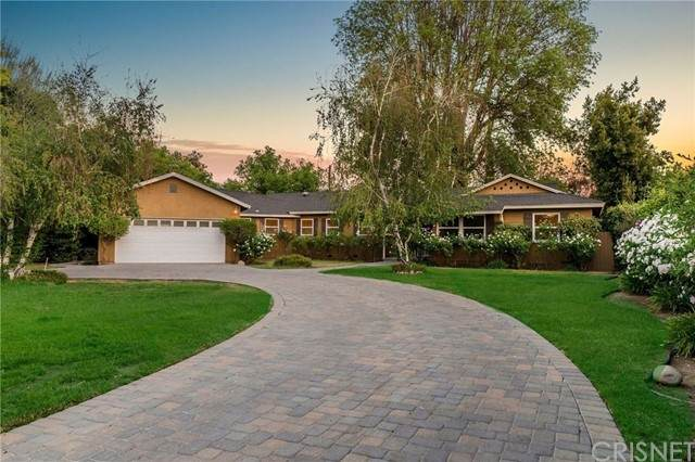 22960 Calvert Street, Woodland Hills, CA 91367 (#SR21103274) :: Mainstreet Realtors®