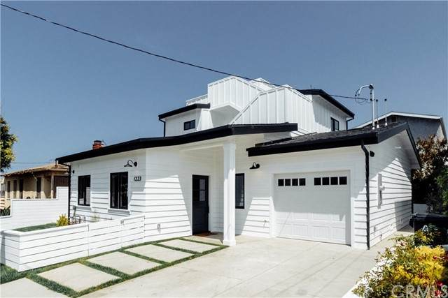 1223 1st Street, Hermosa Beach, CA 90254 (#SB21100409) :: Swack Real Estate Group | Keller Williams Realty Central Coast