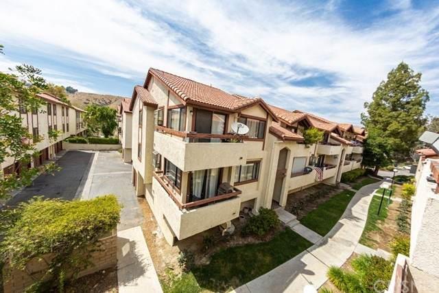 18033 Sundowner Way #636, Canyon Country, CA 91387 (#SR21113220) :: Compass