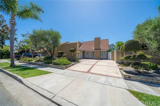 16287 Wayfarer Lane, Huntington Beach, CA 92649 (#OC21107201) :: The Miller Group