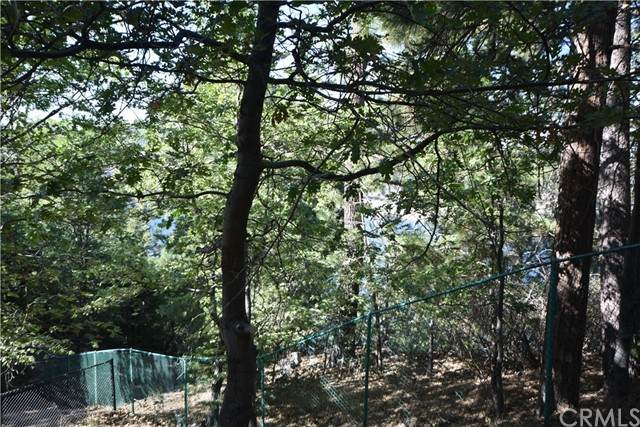 441 Emerald Drive - Photo 1